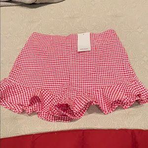 NWT ZARA Basic Gingham Shorts with Ruffle